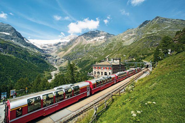 Bernina Express2 CSwiss Travel System swiss image ch Marcus Gyger