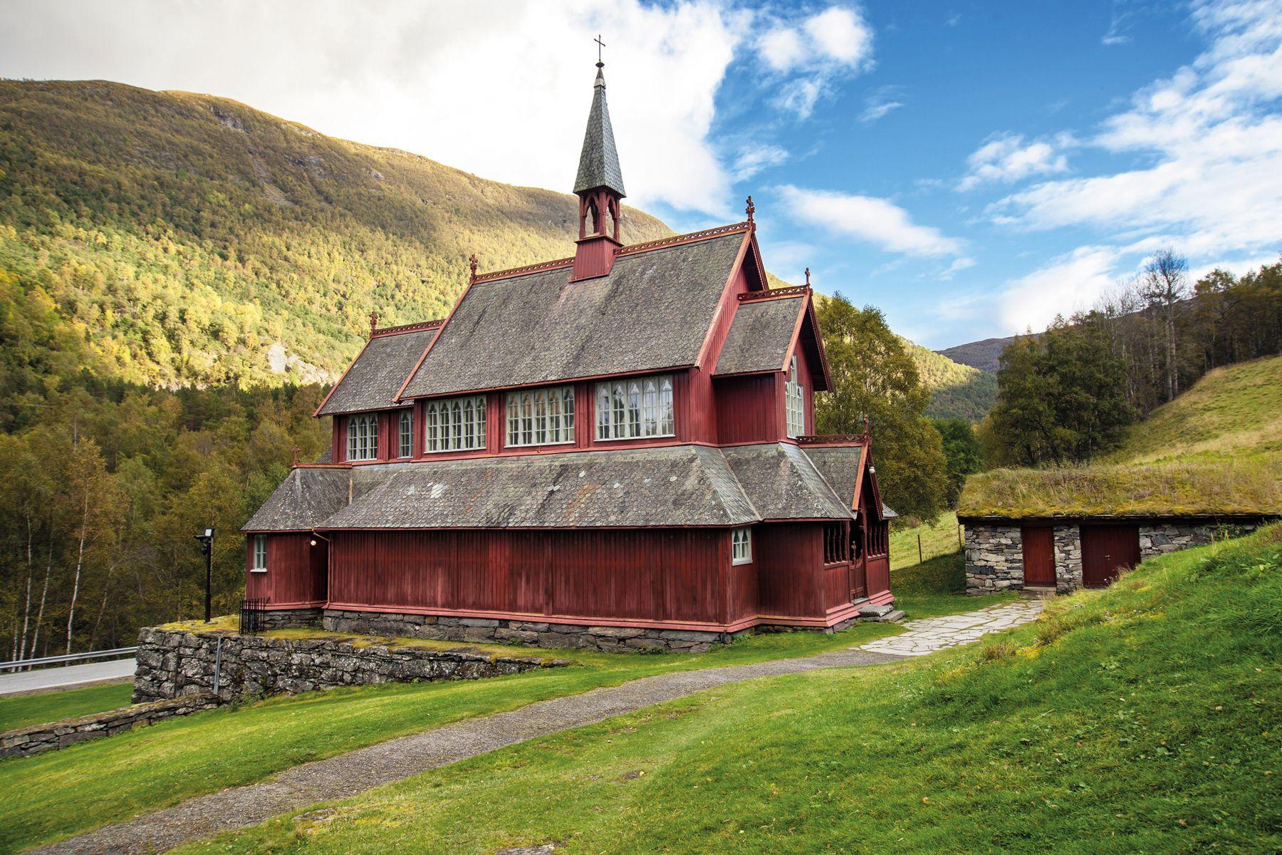 Borgund Pfarrkirche iStock924930966 web