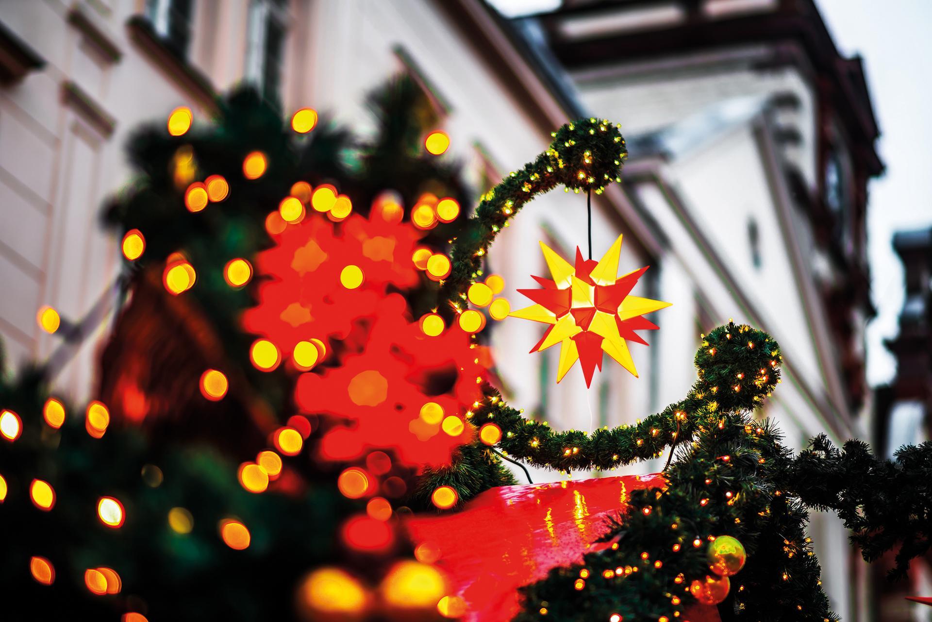 Weihnachtsmarkt iStock1070170696 web