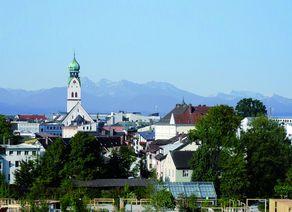 13 Rosenheim mit Berge hoch