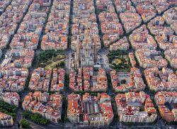 Barcelona Sagrada Familia iStock958466364 web